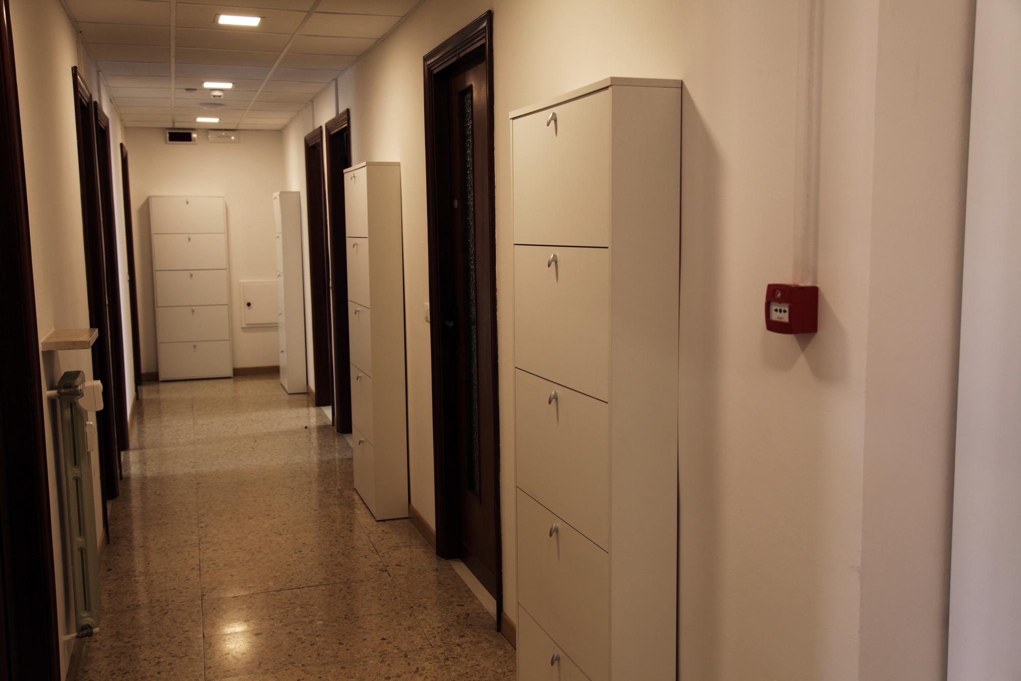 Cabina Armadio Da Corridoio : Armadi da corridoio cabina armadio per camera e ingresso armadio